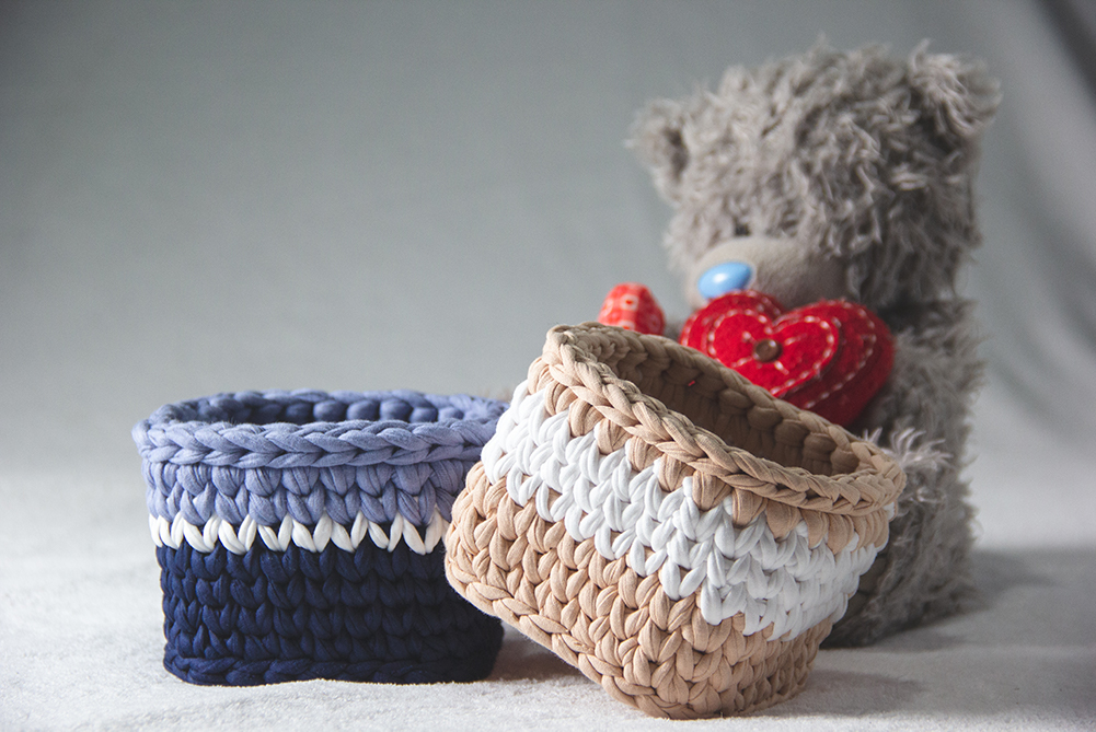 Product Photography of Blue and Peach Baskets
